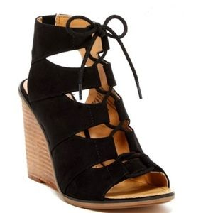 Melrose and Market Calista Fab Wedge Sandal